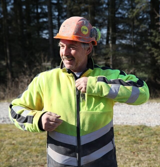 Man - Hi-vis Jacket - Workwear at work