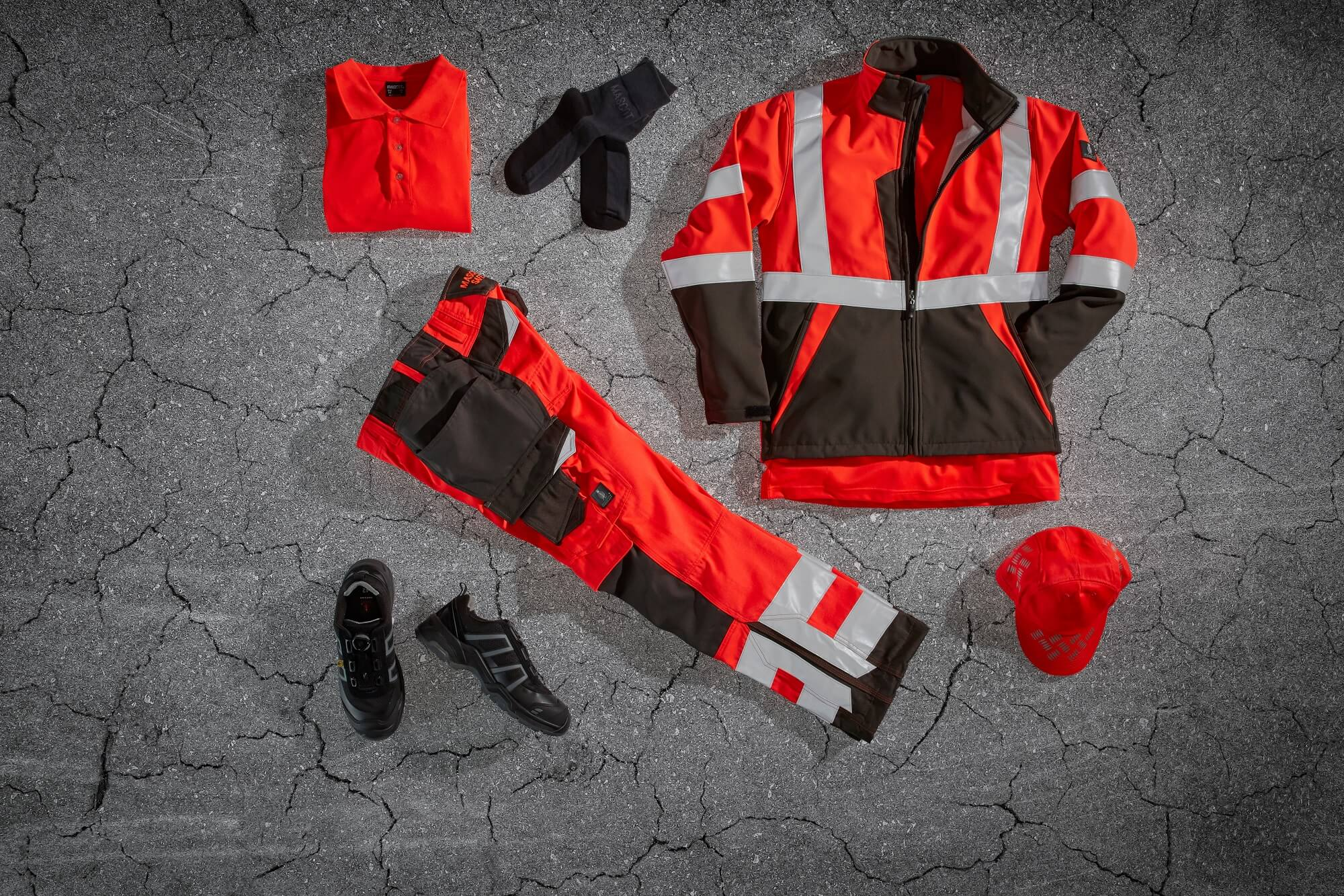 EN ISO 20471 Fluorescent red - Safety Clothing - Collage<p />