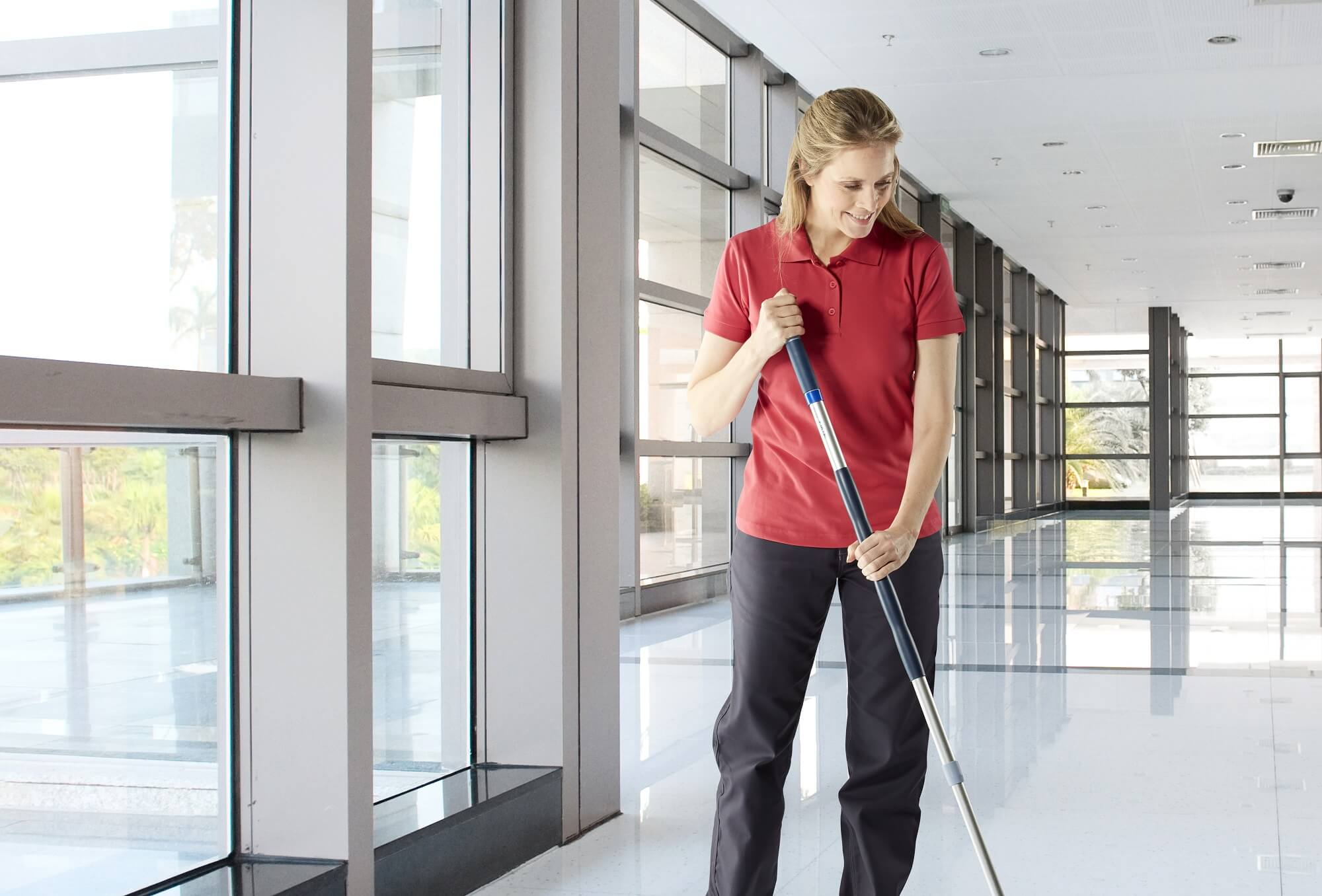 Cleaner - Woman - Polo shirt & Trousers