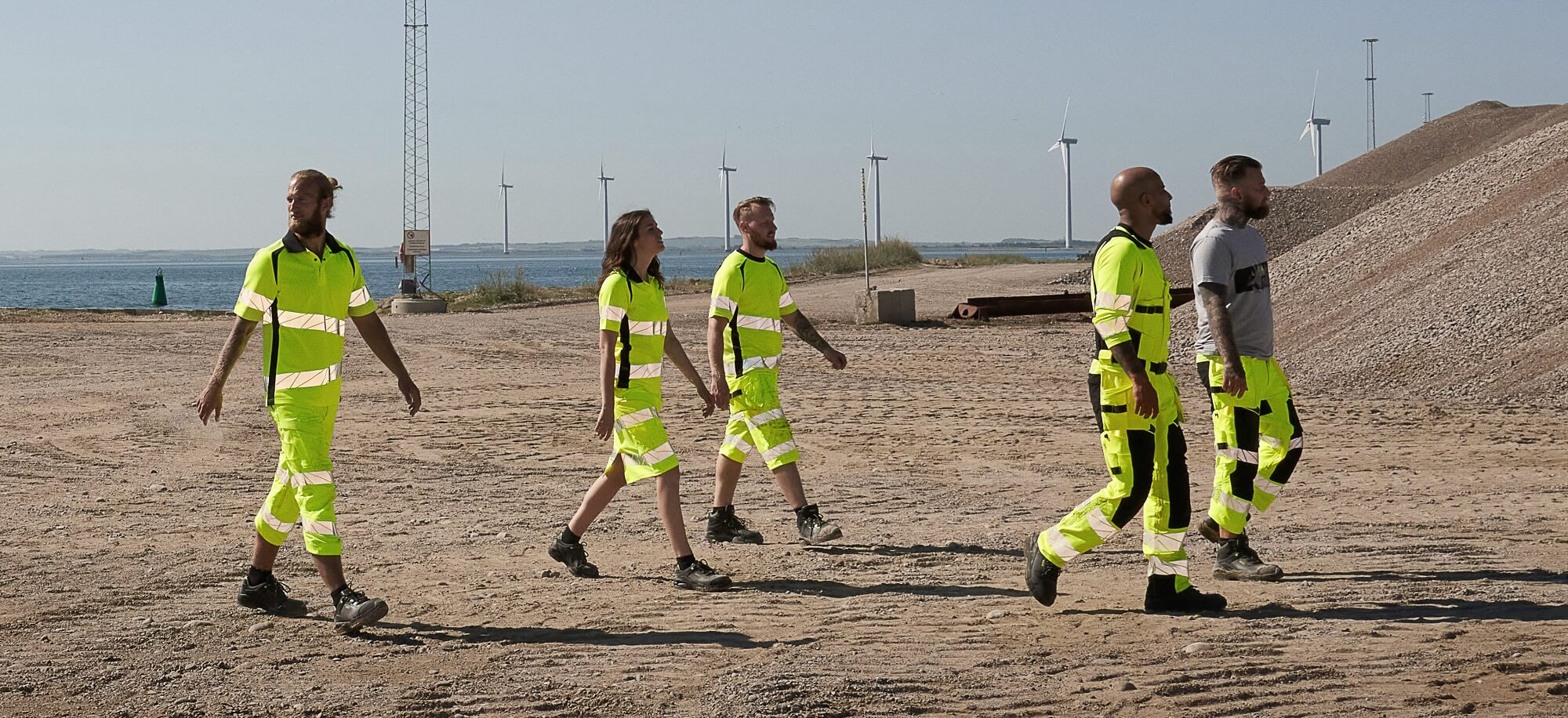MASCOT® ACCELERATE SAFE Hi-vis Clothing - Offshore and wind sector