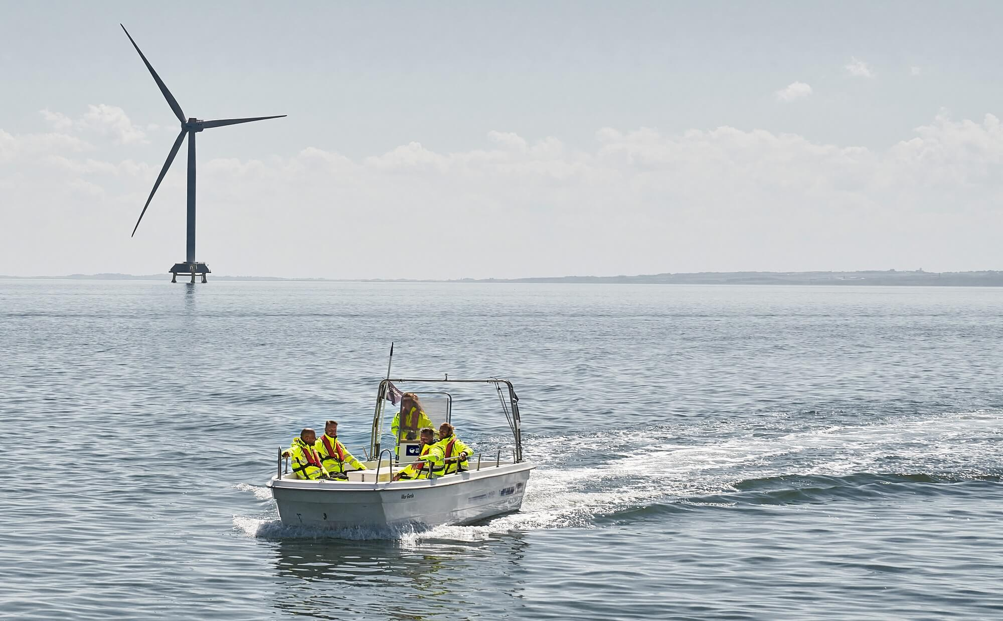 Fluorescent yellow - Offshore and wind sector - MASCOT® ACCELERATE SAFE