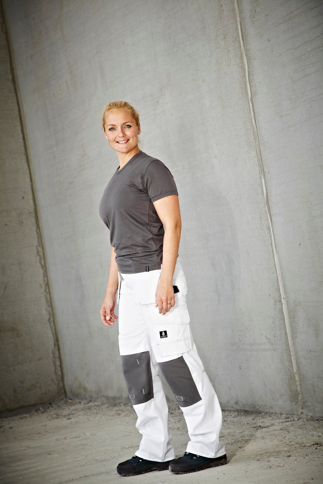 T-shirt & Work Trousers - Woman - Environment - MASCOT® HARDWEAR